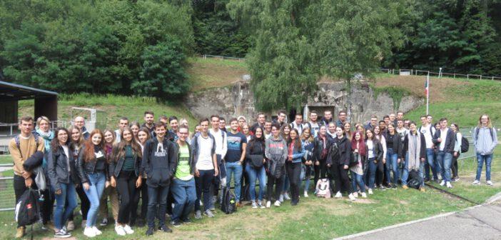 Geschichts-Exkursion der MSS13 zum Simserhof